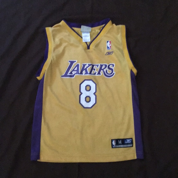 the latest 34c21 6c11f Retro Kobe Bryant jersey 8 Reebok